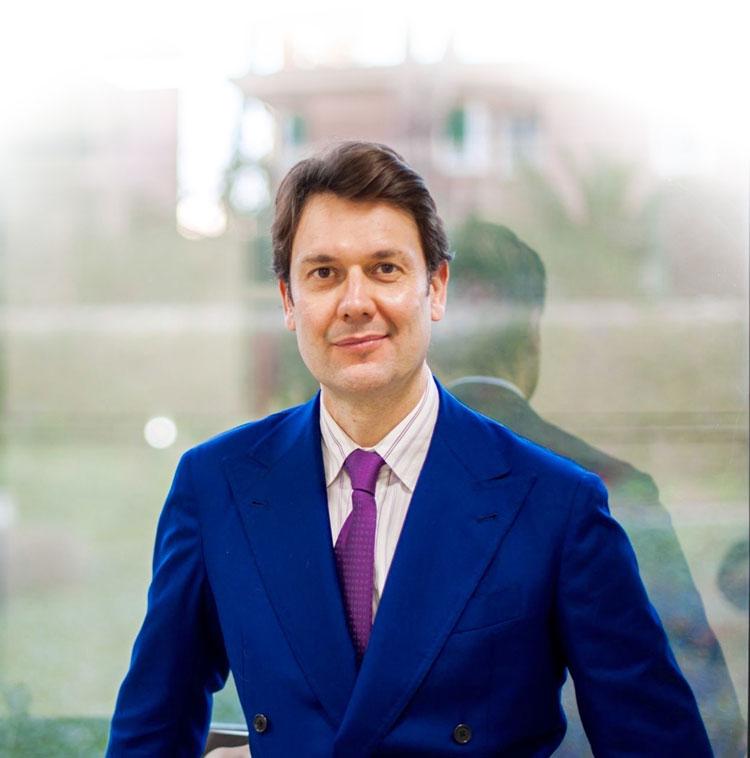 Cirurgià plàstic Dr. Daniel Garcia Paricio